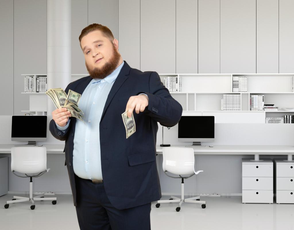 Сколько стоит купить домен